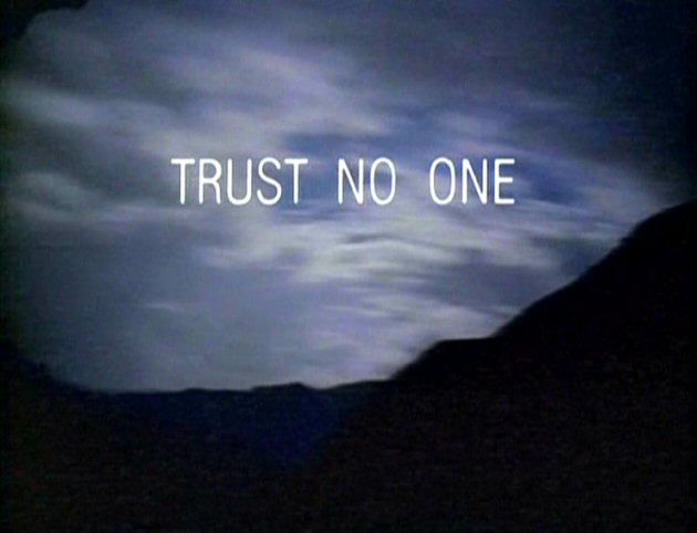 trust-no-one-x-files  X Files Trust No One Poster